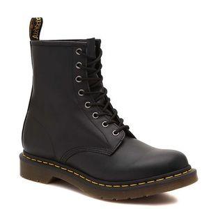 Dr Martens 1460 8-Eye Boots